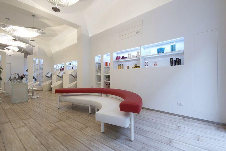 Hair Stylist Shop realized with Sistemi Raso Parete