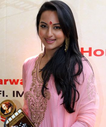 Sonakshi Sinha is the only female lead in OUATIM 2!