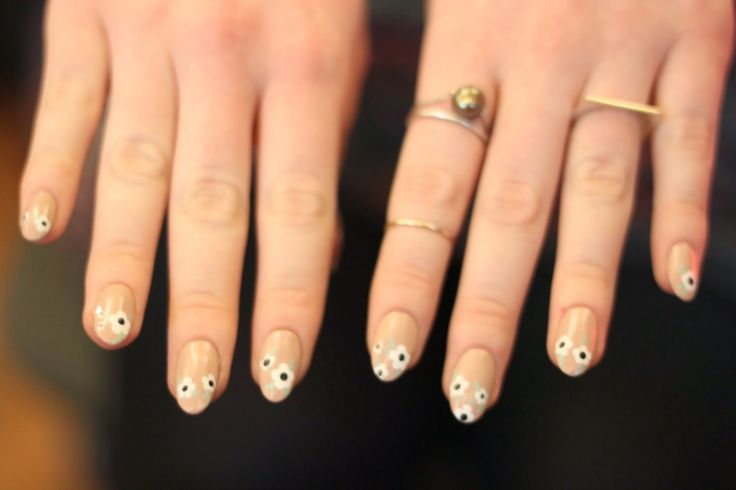 The Trend: Pointy Nails
