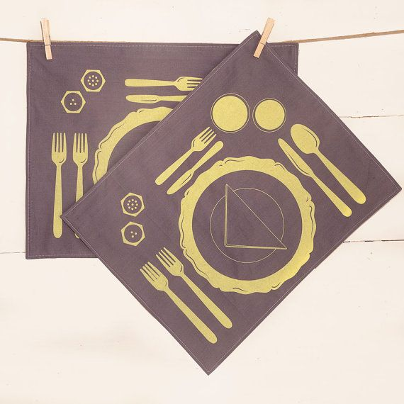Grey placemats how to set a table following by SpazioCollective, €23.00