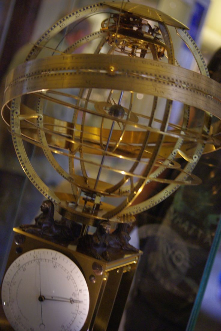 astrolabe in Oxford science museum