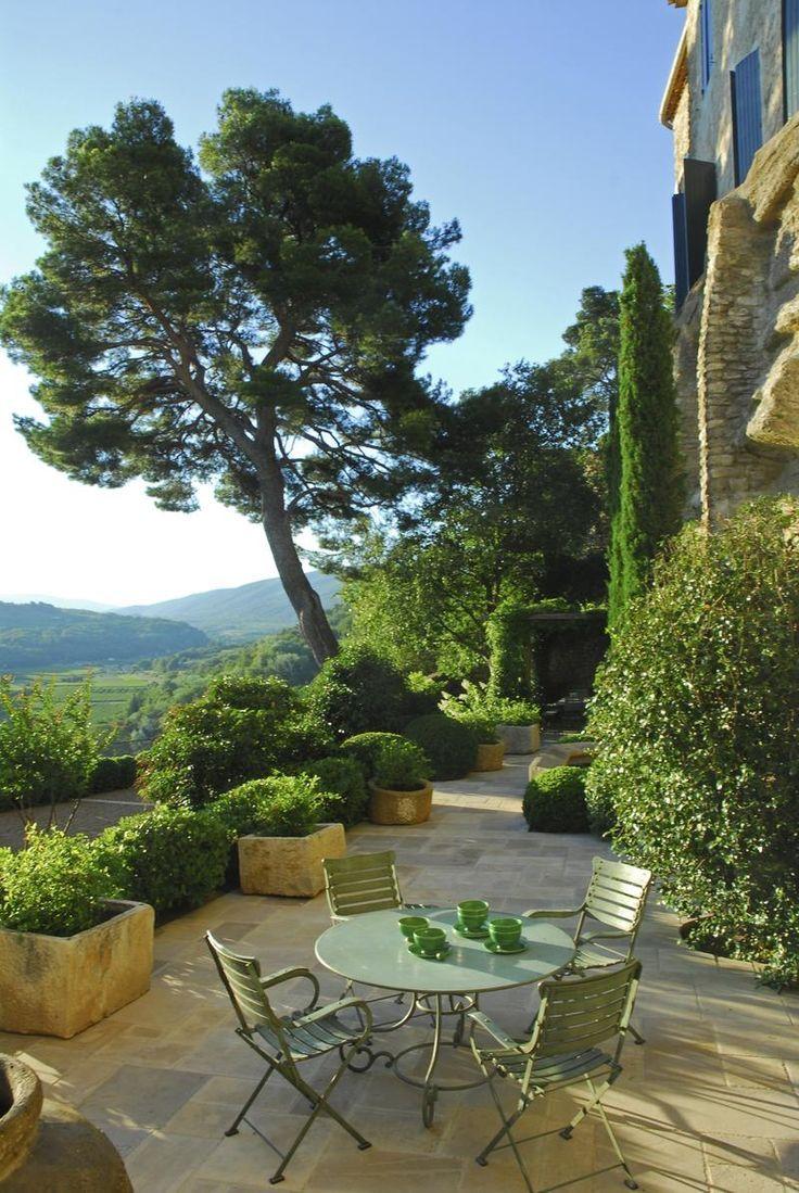 Gravelled terrace