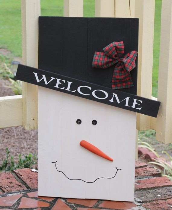 Wooden Pallet Style Snowman Face Winter Christmas Decoration Painted Wall Outdoor Door Wood Sign Welcome Snow man Rustic Primitive style