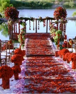 Red Wedding Ideas At: http://fresno-weddings.blogspot.com/2012/09/red-wedding-ideas.html