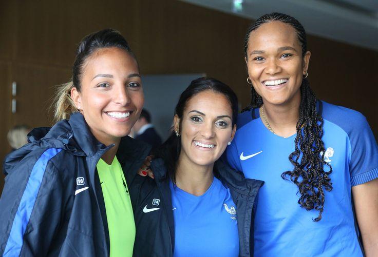 Equipe de France Féminine : à Clairefontaine, dans les pas des Bleus !