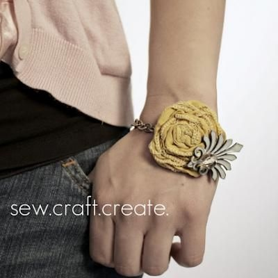 DIY bracelet! great gift idea