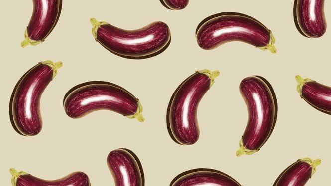Gevulde paprika's met witte bonen en aubergine