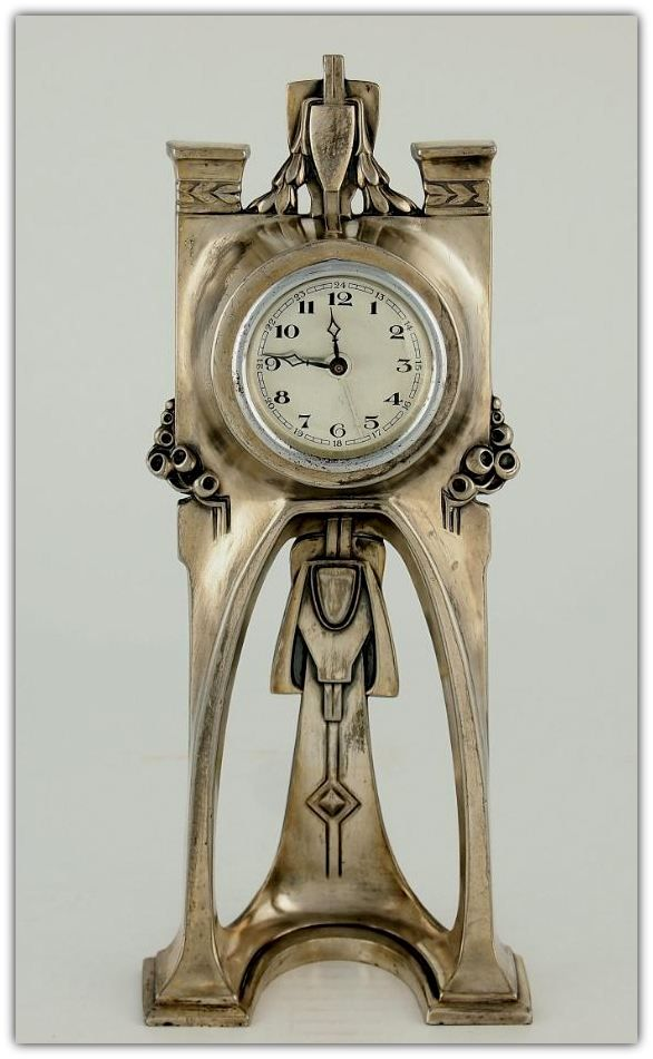 antique clocks dating Antique marks includes antique  porcelain marks, antique  it is invaluable to the seller who is unsure of an antique china maker or the date of a piece.