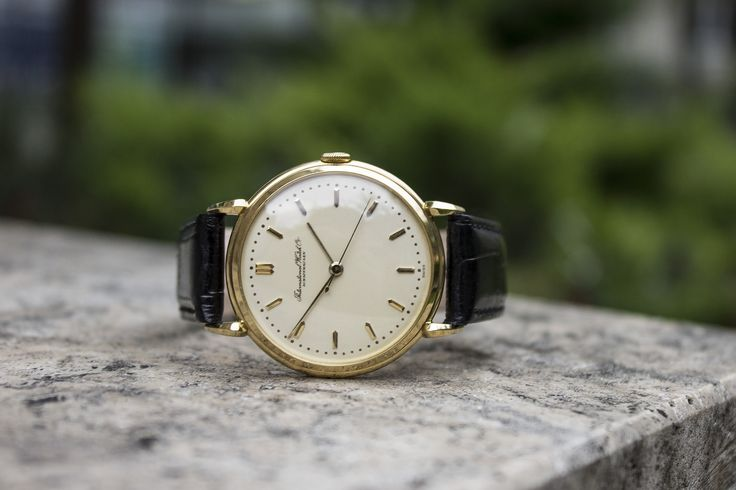 Vintage #IWC from 1950 in 18K yellow solid #gold