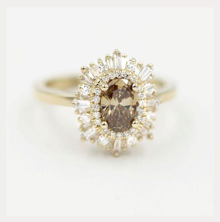 Elegant & Contemporary Champagne Diamond Engagement Rings ~ Heidi Gibson's yellow gold octagon ring with a champagne diamond center #Champagne