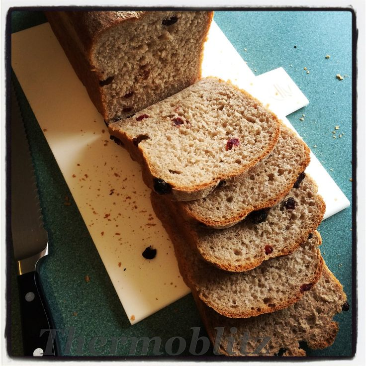 Ingredients 10 g dried yeast, I use Lowans and store the container in the freezer. 250 g wholemeal flour, I use ATTA wholemeal flour 250 g bakers flour 1 tsp pink salt, You can use regular Sea Salt...