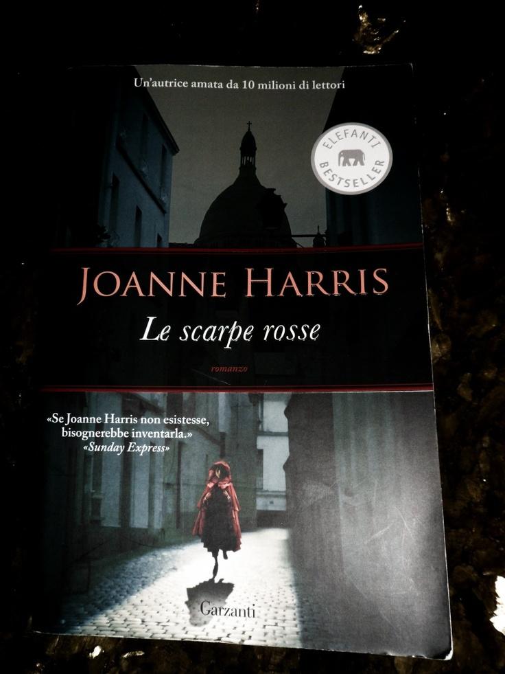 Le Scarpe Rosse (The Lollipop Shoes) by Joanne Harris