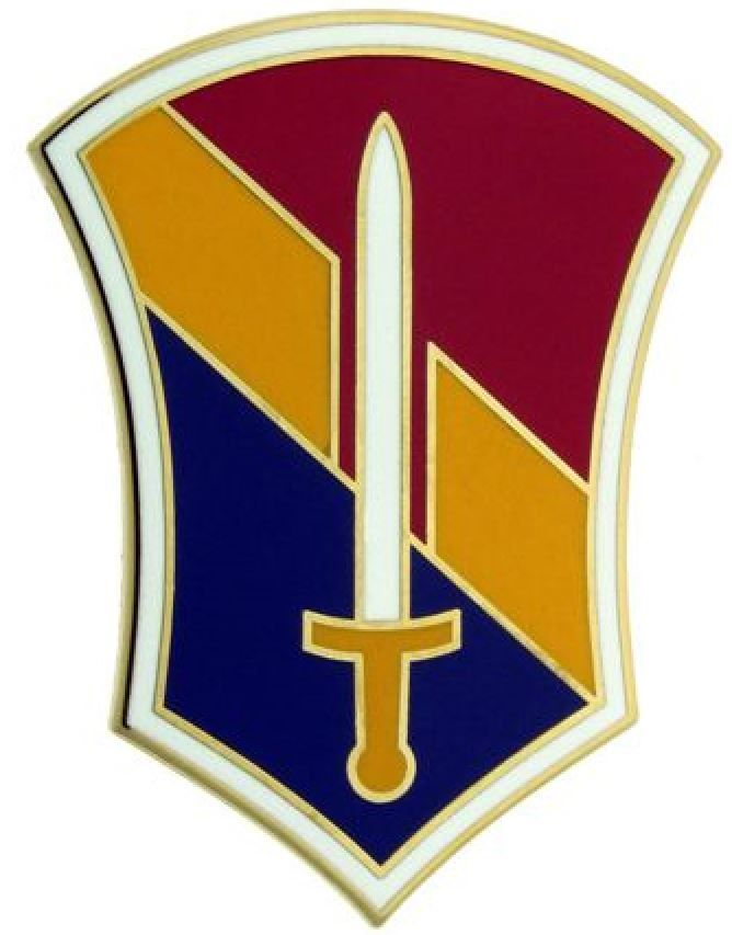I FIELD FORCE VIETNAM, COMBAT SERVICE IDENTIFICATION BADGE
