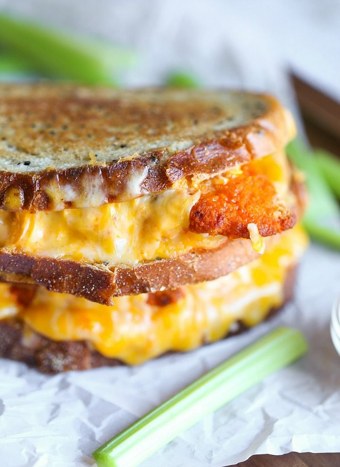 Buffalo Chicken Grilled Cheese Sandwiches are so easy to prepare, spicy, cheese and crazy delicious!