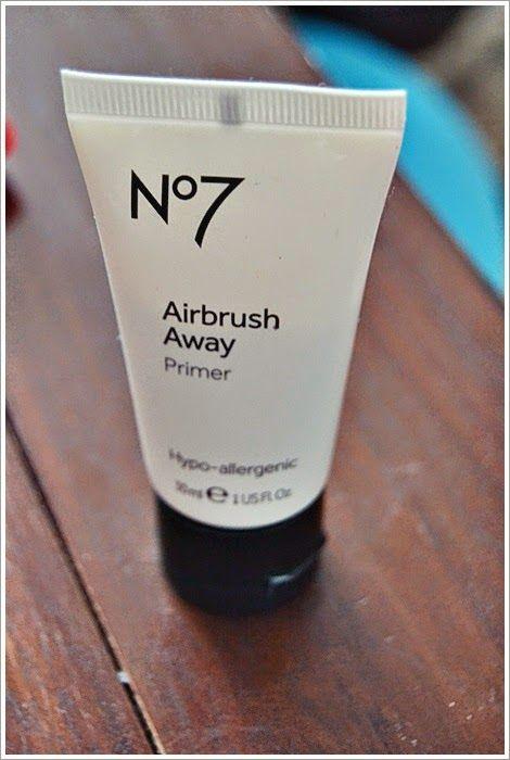 Nonnula: No7 Airbrush Away.