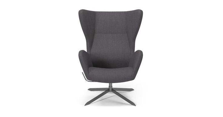 Helstøpt stol med komfort i toppklasse. Stolen leveres med svingfot og vippefunksjon, og er designet av Karl Rüdiger.