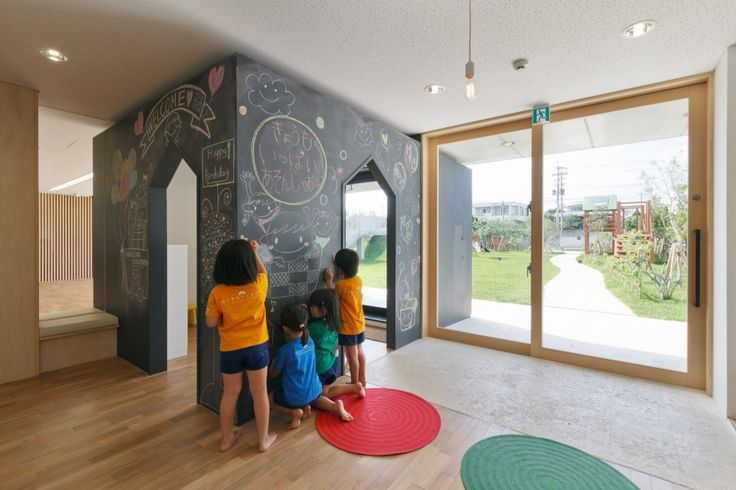 Hanazono Kindergarten and Nursery / HIBINOSEKKEI + Youji no Shiro
