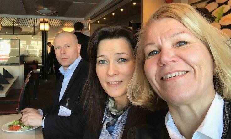Kuntien päättäjät käyttävät sosiaalista mediaa kovin vaihtelevasti, Etelä-Savossa alle puolet kuntapäättäjistä on somessa työnsä puolesta, Pohjois-Karjalassa neljä viidestä.