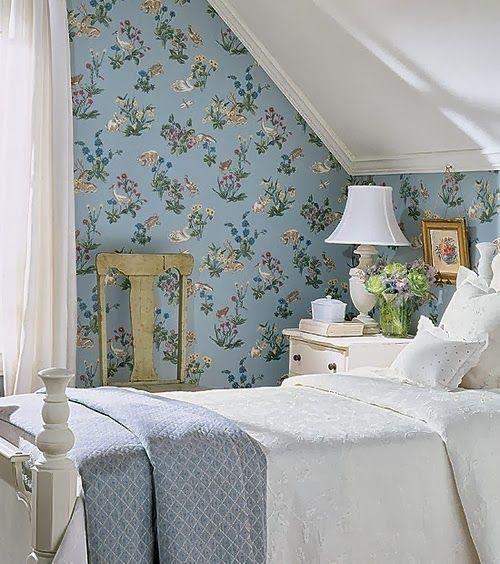Dicas de decoração feminina e elegante: papel ou tecido nas paredes