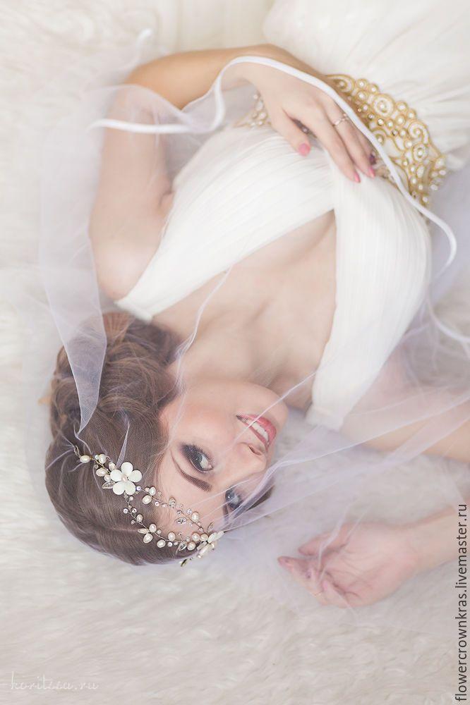 """Купить Свадебный венок из жемчуга """"Весенние цветы"""" - белый, вналичии, красноярск, свадебные аксессуары"""