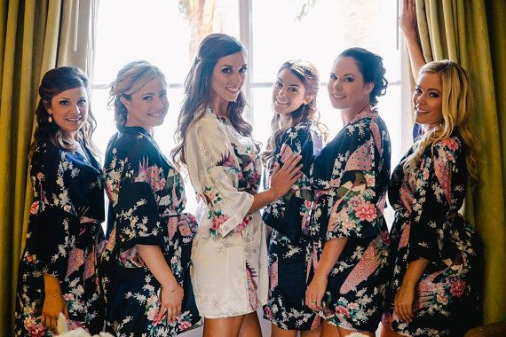 Super cute for getting ready!  Set of 6 Bridesmaid Robes Silk Robe Bridesmaids gift by thaichill