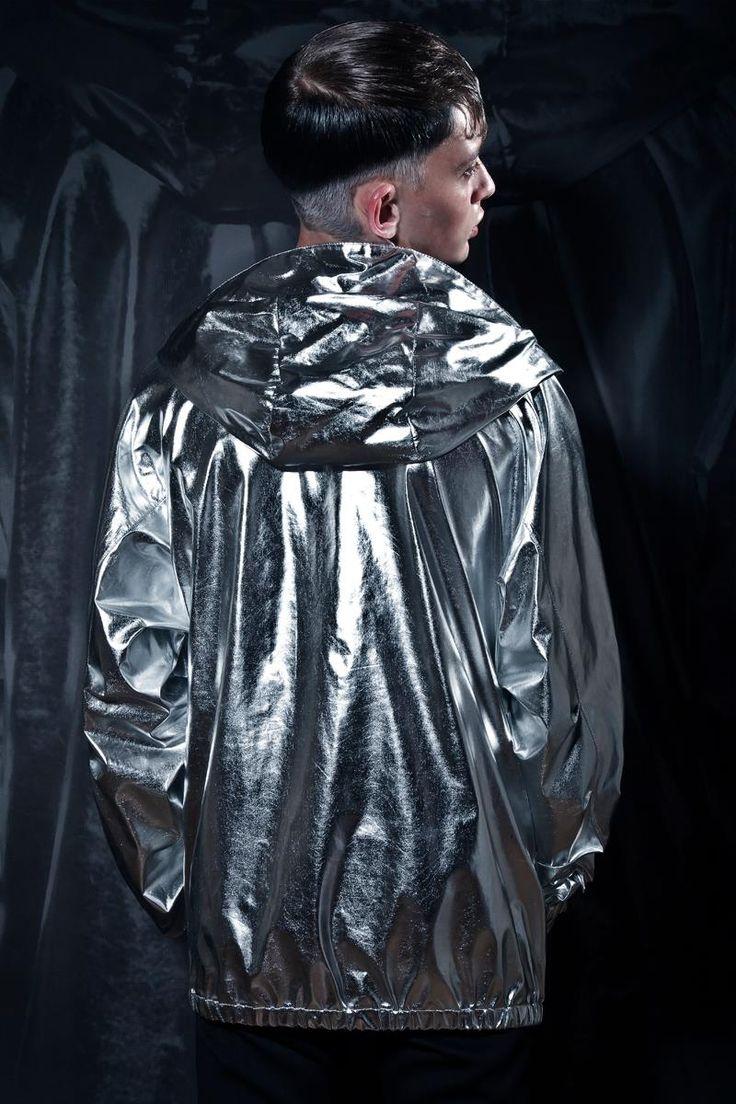 Editorial for Elegant Magazine print  Photographer: Grzegorz Mikrut model: Patryk Banaś A S management hair: Krzysztof Sierpiński styling: Cofferdam