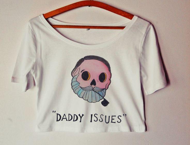 Daddy İssues / El Yapımı Crop Kadın Tişört Zet.com'da 49.90 TL