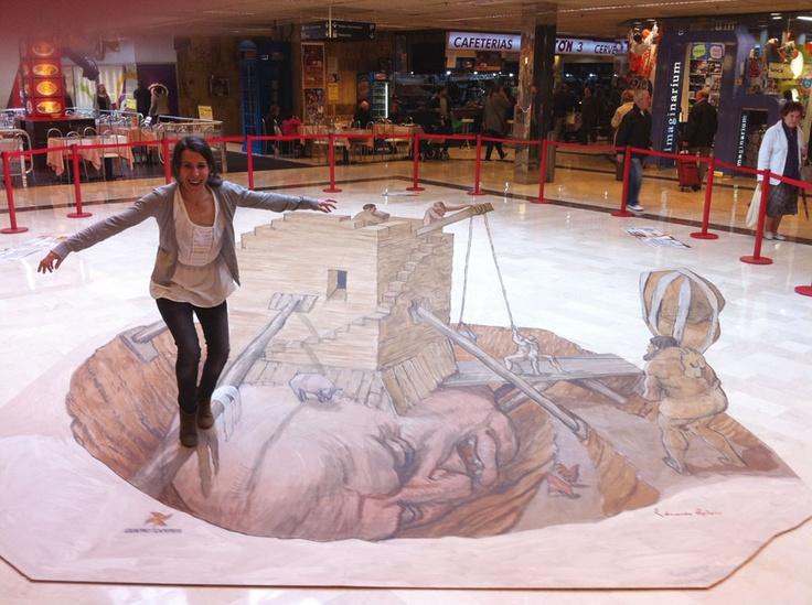 MOTIONA. Creación de pintura 3D en el Centro Comercial Cuatro Caminos de A Coruña. La campaña obtuvo una alta repercusión en los medios de comunicación. Los visitantes podían fotografiarse sobre la pintura.