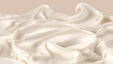 Duncan Hines® Whipped Fluffy White Frosting