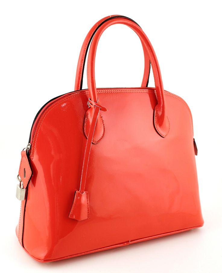 Assisi Arancio. Orange lacquer leather.