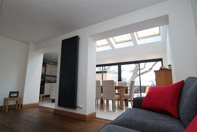 Big rooflights on this home extension ensure the entire room stays well lit, bezoek www.DAKDIDAK.nl