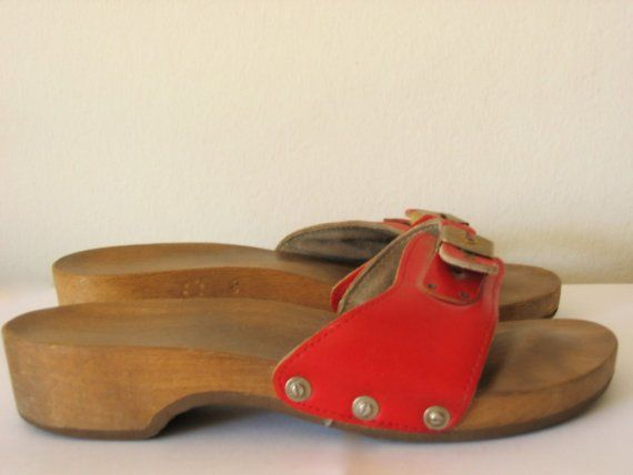 OMG! I loved the way these sounded as I walked. I still remember getting my first pair at K-Mart! #vintage #Dr.Scholls