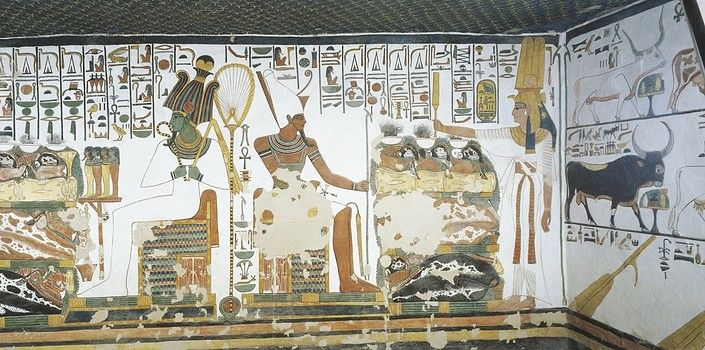 Egypt, Thebes (UNESCO World Heritage List, 1979) - Luxor - Valley of the Queens. Tomb of Nefertari. Chamber 2. Mural paintings. Queen holds sekhem sceptre to consecrate table of offerings before Osiris and Atum (Dynasty 19, Ramses II, 1290-1224 BC) (QV66 - 307609)