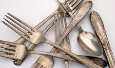 Kreativ basteln: Schmuck aus Silberbesteck Anleitung