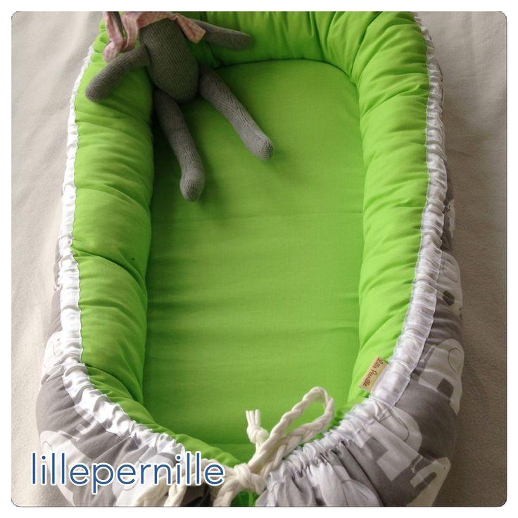 ber ideen zu baby nestchen auf pinterest kantenschutz nestchen und bettumrandung. Black Bedroom Furniture Sets. Home Design Ideas