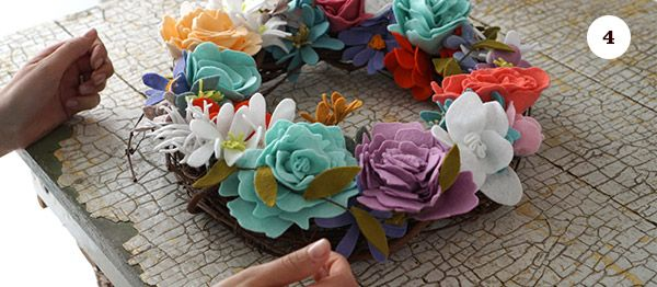 Learn how to make this simple felt flower wreath with Sallie Dale, brought to you by Mrs. Meyer's Clean Day