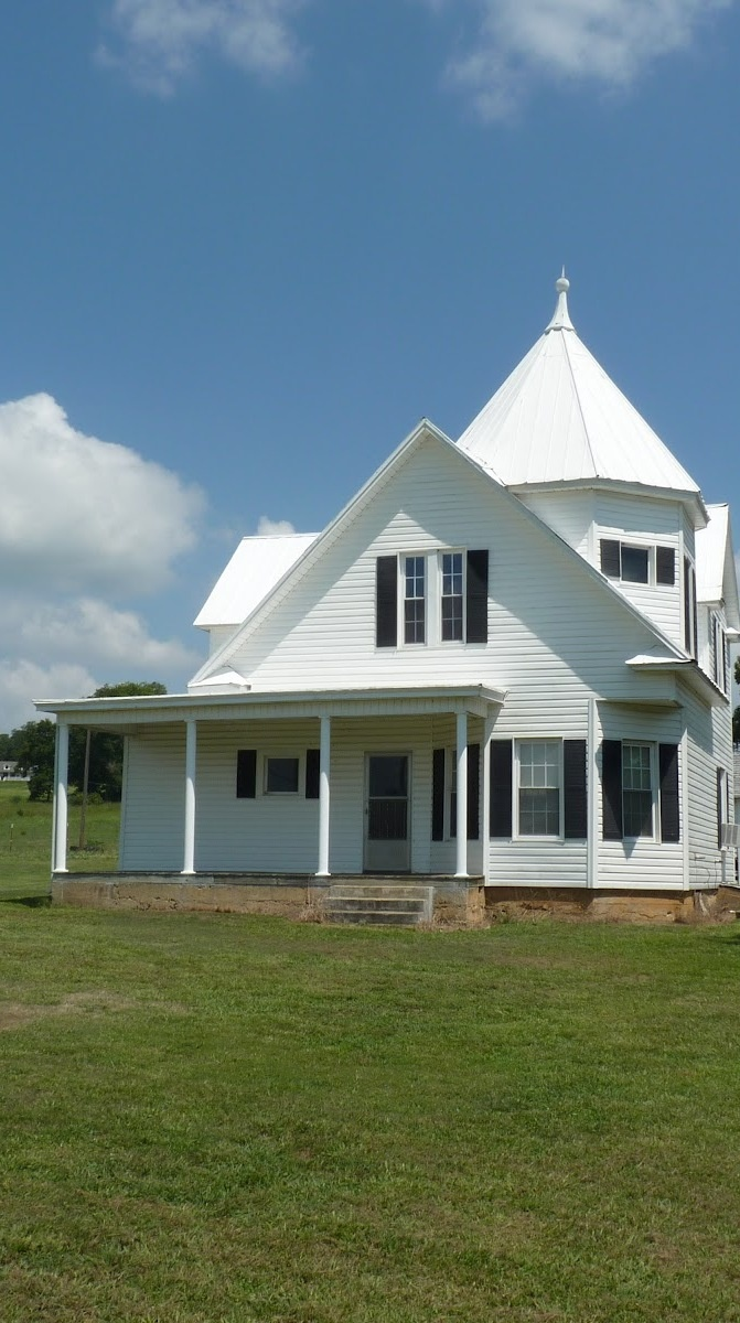 Old farm house pointed cupola home pinterest for Houses with cupolas