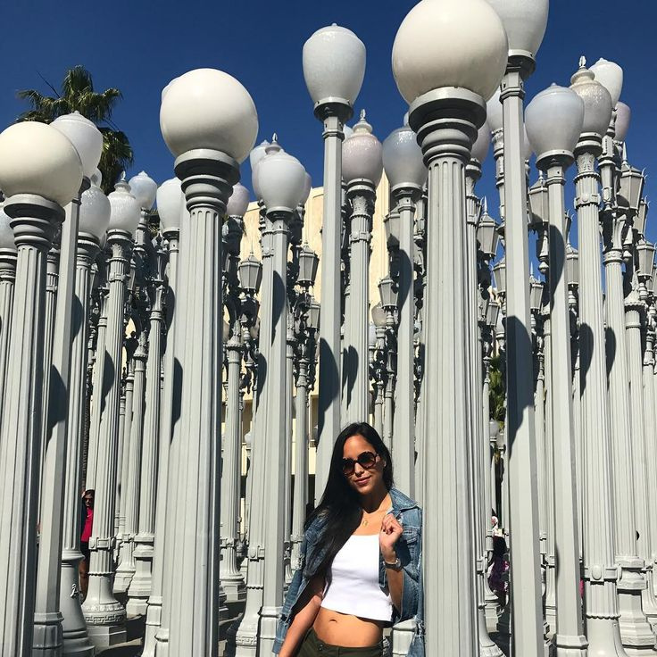 "39 Likes, 2 Comments - Alejandra Rodriguez (@ale_rdzga) on Instagram: ""LACMA 🎟#beingatourist #lacma #lights #museum #la #7monthslater #sunday #weekend #beautifulday…"""