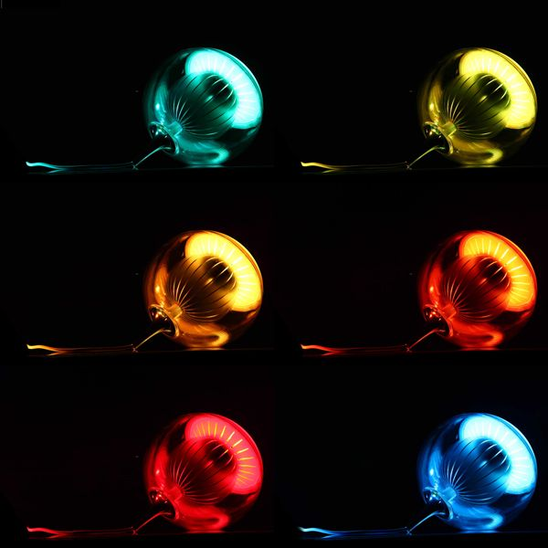 lampe à led de changement du couleur http://www.lightingever.fr/color-changing-led-lamp-rgb.html