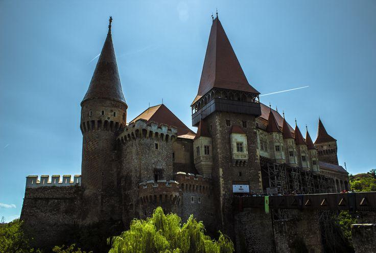 Castle Huniazilor-Corvinilor - null