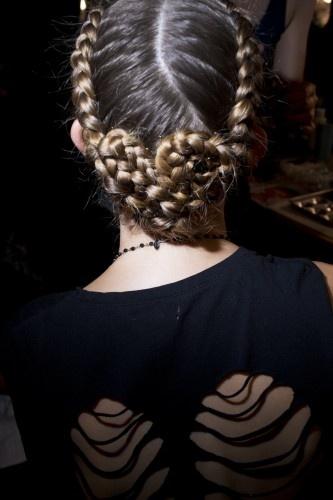 Crochet Braids O Que E : ; cross between a sidewinding Katniss braid and a swirly snail braid ...