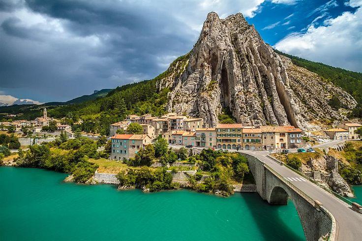 1000 Ideas About Sisteron France On Pinterest