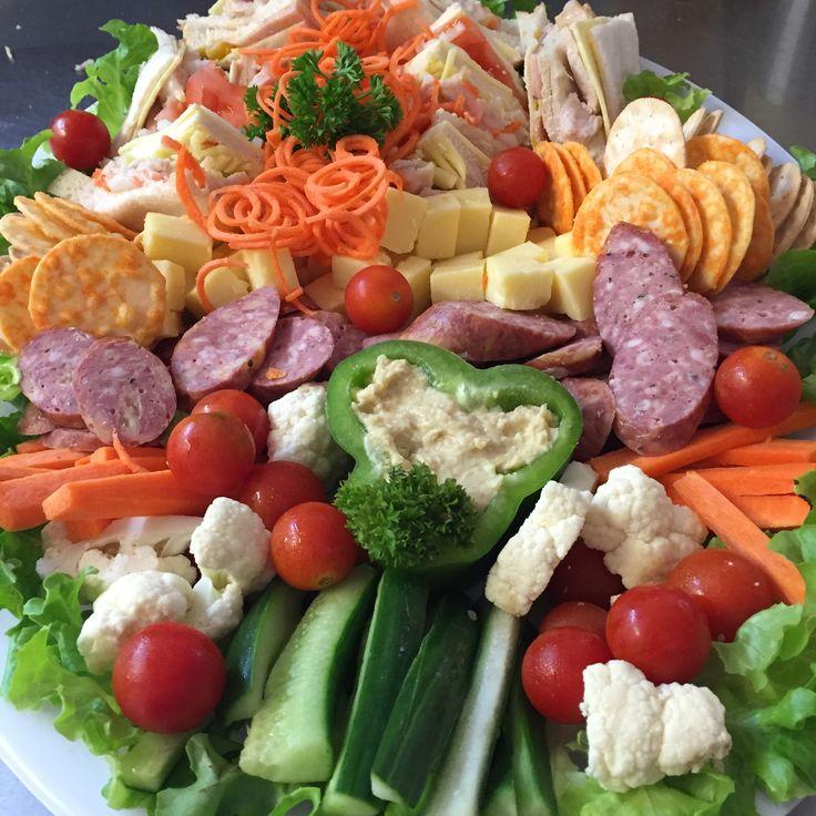 Vegetarian platter with dips