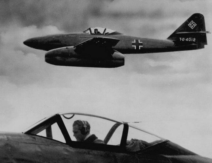 World War II Pictures In Details: Messerschmitt Me 262-1a/U3 Schwalbe in Flight