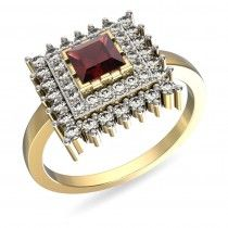 A cocktail ring to flaunt at the parties