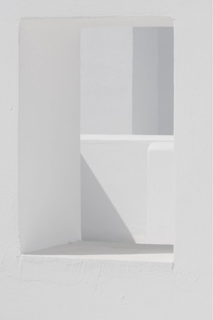 colur and smooth surface, light and shadows creates the outline of shapes