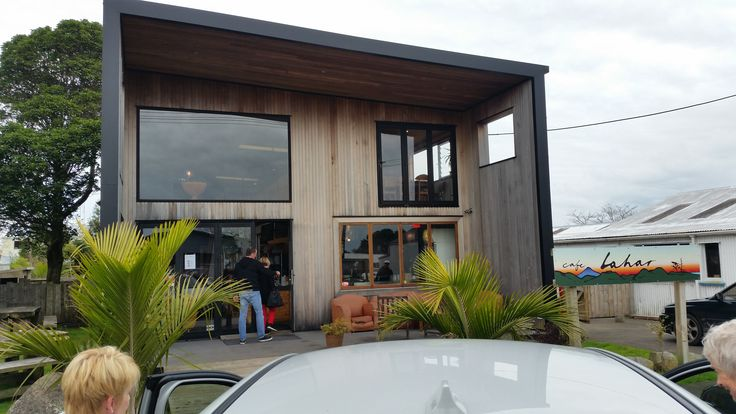 Coffee at Lahar in Okato.