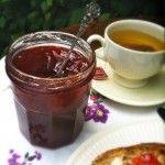 Homemade rabarber & aardbeien jam