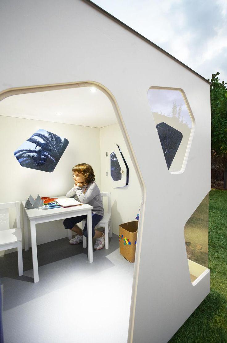Детский игровой домик из фанеры для квартиры Модерн