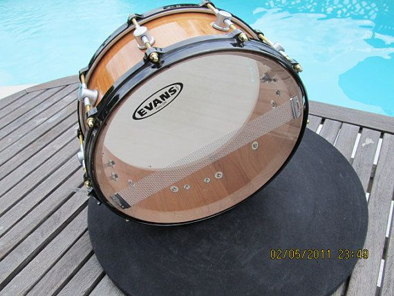 how to make snares stand out